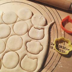 キッチン雑貨 ⌘初めてスコーン作りました。 パンボード…