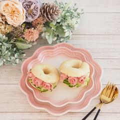 フリル/バラ/ミニバラ/サンドイッチ/パン作り/米粉/... 米粉ベーグルサンド♡  今日もベーグルを…(1枚目)