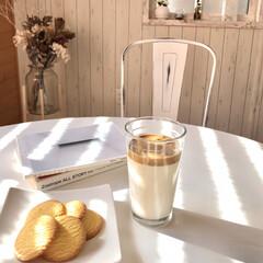 窓際カフェテーブル/韓国カフェ/タルゴナコーヒー/おうちカフェ/DIY 韓国で人気のタルゴナコーヒーを作りました…