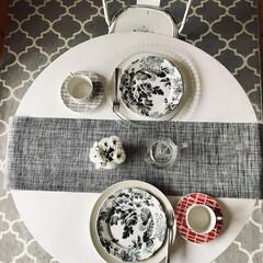 Finlayson フィンレイソン コロナ マグ レッド フィンレーソン 食器 | Finlayson(マグカップ)を使ったクチコミ「ホワイト無地が多い我が家ですが 北欧食器…」(1枚目)