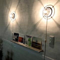 アサヒ 50個セット E26レセップ 黒 コード長:1.5m 016476_asahi_50set(その他照明器具)を使ったクチコミ「ベッドルームの壁面にシンメトリーにマリン…」