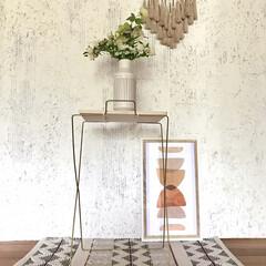 スカンジナビアン/boho/海外インテリア/フラワースタンド/インテリア/インテリア雑貨/... 100均商品を組み立てた花台です。 脚の…(2枚目)