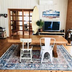 チェア 椅子 おしゃれ ダイニング デスクチェア ホワイト 積み重ね アイアン 安い | 東谷(ダイニングチェア)を使ったクチコミ「無垢材の床、壁の木の家です。 ビーチスタ…」