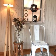 椅子 東谷 スチールチェア アイボリー PC-133IV ヴィンテージ インテリア 新生活 オシャレ カントリー 4985155146178 | 東谷(その他椅子、スツール、座椅子)を使ったクチコミ「動線の邪魔にならない窓際をハロウィン飾り…」