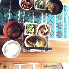 テーブルランナー/キリム/和食/一枚板テーブル/おうちごはん/鯖のみぞれ煮/... 和食も好きです。 洋食、和食が交互になる…