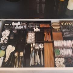 片づけ/limiaキッチン同好会/キッチン収納/収納/暮らし キッチンのカトラリー収納。お茶セットも一…