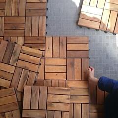 ウッドパネル/ベランダ/IKEA/暮らし/DIY ベランダにはIKEAのウッドパネルを敷い…