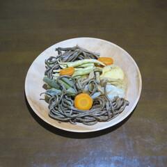 木の器/大皿/トチ/山菜/きのこ お盆は西和賀なものを食べた。