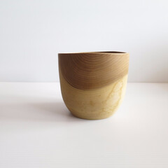 木の器 (1枚目)