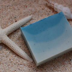 渚/水面/夏/南国/海/ビーチ/... 南国の渚をイメージしてラグーンブルーのグ…