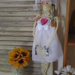 ゴミのリメイク/100円商品 息子の部屋を片付けたら見つけた お人形さ…