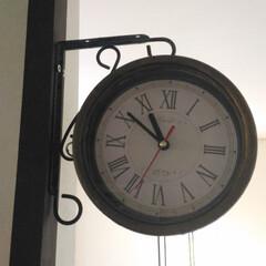 時計/100均/ダイソー/セリア/100均リメイク/両面時計/... *えむず*さんが作っていた「両面時計」。