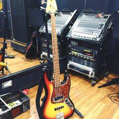 フェンダー/ベースギター/LIMIAおでかけ部 スタジオ入り。