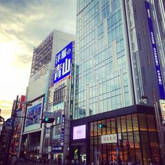 新宿アルタ/洋服の青山/gucci/新宿 新宿アルタ前。