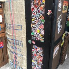 ステッカー/DIY 扉になっている側面側はステッカーをたくさ…(1枚目)