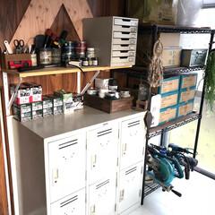 ハンドメイド/DIY/借家リノベーション/借家/収納/塗料/... 寝室だった部屋を作業部屋に😊❤️