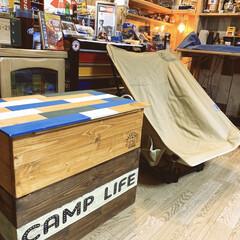ステンシルDIY/ステンシル/天板DIY/アメリカン雑貨/DOD/収納ボックス/... CAMP行けない時はここでまったり😆 D…