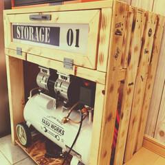 ターナー色彩 水性ペイント アイアンペイント アンティークシルバー IR200012 200ml(絵の具)を使ったクチコミ「DIY✨ TOOLBOXとStorage…」(1枚目)