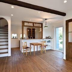 ダメージのある梁/リボス塗装/ナチュラルな家/カフェスタイルの家/木の家/塩系の家 ナチュラルでカフェのようなお家をご希望の…