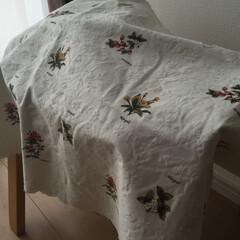 カフェカーテン/カバー 使っていないカフェカーテンを椅子のカバー…