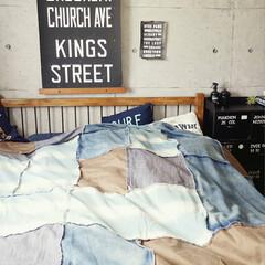 寝室/ベッド/布団/デニムカバー/デニム生地 デニムカバーLLサイズを布団の上に掛けて…(1枚目)