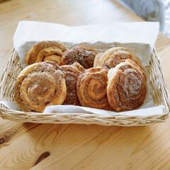 パン作り大好き/シナモンロール/娘っち⸜(*ˊᵕˋ*)⸝アリガトウ♡/娘っちの手作り/パン作り/デニッシュシナモンロール 娘っちかデニッシュシナモンロールを作って…(1枚目)