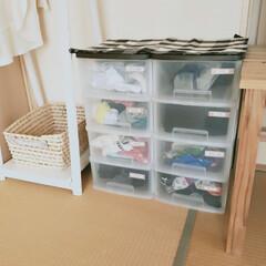 靴下収納ケース/収納アイディア/家族別収納/収納ケース/靴下収納/靴下ボックス/... 靴下収納のイベント投稿です。 我が家では…