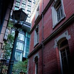 三菱一号館/丸の内ブリックスクエア/赤煉瓦 都会の隙間 古い物と新しい物との融合する街