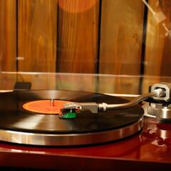 ノスタルジック/レコード/アナログ 回転するレコードのノスタルジックな雰囲気…