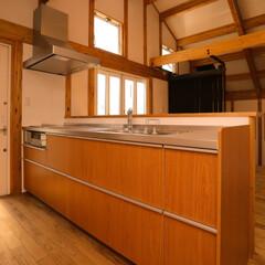 無垢材/木造住宅/阿部興業株式会社/宇都宮市/栃木県/真壁造りの家/... スキップフロアのある家 立体的な空間にな…