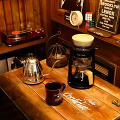 コーヒー/レコード/ノスタルジア レコードを聴きながら、おいしいコーヒーで…