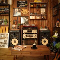 木の香り/おうち時間/木の家/レコード/リラックス/コーヒー/...    おうち時間を楽しむ、木の香りが漂う…