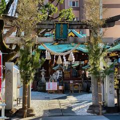 子年/鳥居/幸稲荷神社/神社 ビルに囲まれた静かな神社で、 とてもキレ…