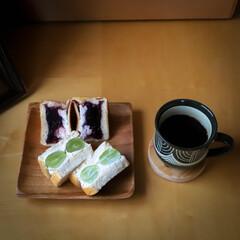 フルーツサンド/DIY/阿部興業株式会社/ショーケース/宇都宮市/栃木県/... 今日はパン祭りです。 人気のフルーツサン…