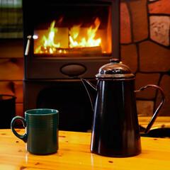 宇都宮/木の家/薪ストーブのある家/薪ストーブ/インスタントコーヒー/ホーローポット ホーローポットで沸かしたお湯で入れるコー…