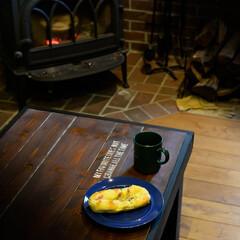 薪ストーブ/パン/木の家 4月になってからも薪ストーブの温もりは最…
