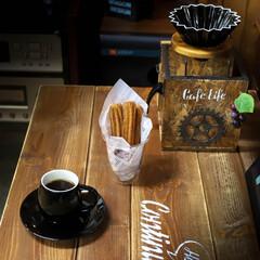 ORIGAMI/阿部興業株式会社/宇都宮/木の家/ドリップコーヒー/コーヒー/... チュロスとコーヒー☕️  甘いものと苦い…