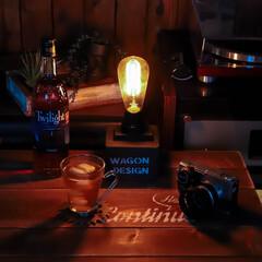ハーフサイズカメラ/カメラ/オリンパスペン/木の家づくり/阿部興業株式会社/宇都宮/... ノスタルジックな灯り 光るフィラメントを…(2枚目)