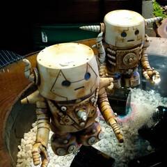 阿部興業株式会社/陶芸よこやま/益子町/栃木県/益子焼/ロボット ロボット 益子焼です。 結構精巧な作りで…