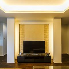 リビング/エコカラット/調湿効果/脱臭効果/お手入れ簡単 テレビの背面の壁にはエコカラットを採用。…