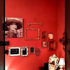 模様替え/お部屋/pink/インテリア雑貨/インテリア/パネル/... お部屋のコーナー部分。  オードリーヘッ…