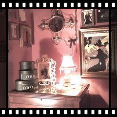 夜のインテリア/ライトアップ/pink/ぴんくこーで/コーナー/インテリア/... 夜のお部屋♡♡  コーナーをライトアップ…(1枚目)
