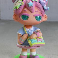 人形/立体 緊張してる女の子。