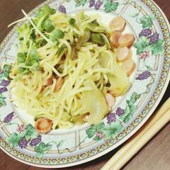 夕飯/フード 今日の夕飯😊 レモンの塩焼きそば🍋