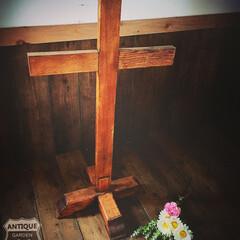 クロススタンド/教会/聖品/アンティーク十字架/木製クロススタンド/十字架/... 🇺🇸アメリカ買付け 古い木製の アンティ…