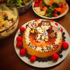 happybirthday/濃厚チーズケーキ/似顔絵ケーキ/似顔絵/架空キャラ/スヌーピー/... 🎁うるう年生まれの 一番上、 今年は 『…