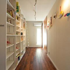 多目的/ナチュラル 子供室と主寝室の間にフリールーム。上には…