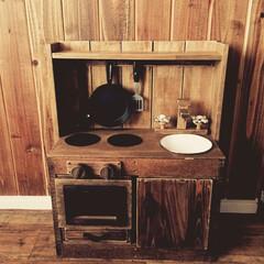 DIY/ままごとキッチン 廃材と100均でままごとキッチン。