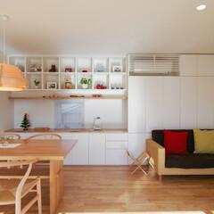 造作家具/製作家具/本棚 壁一面に造り付けの収納。左がキッチン。ダ…
