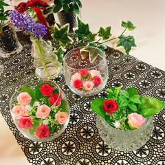 お花のある暮らし/お花の生活/フェイクフラワー/100均/薄グラス/グラス/... 薔薇🥀 薄グラス🍷 キャンドルホルダー🕯…(2枚目)